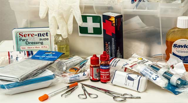 How to Use First Aid Kit