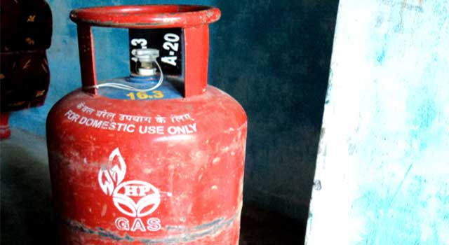 How to Fit a Gas Cylinder